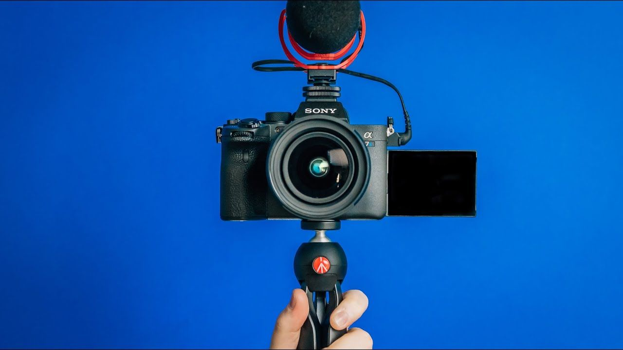Best Camera for YouTube Vlogging in 2021? (Sony a7s iii Vlog Setup)